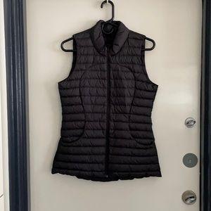 Lululemon puffy vest size 6